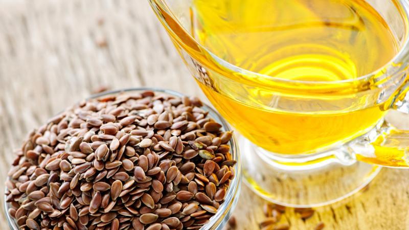 Льняное масло: применение в домашней косметологии