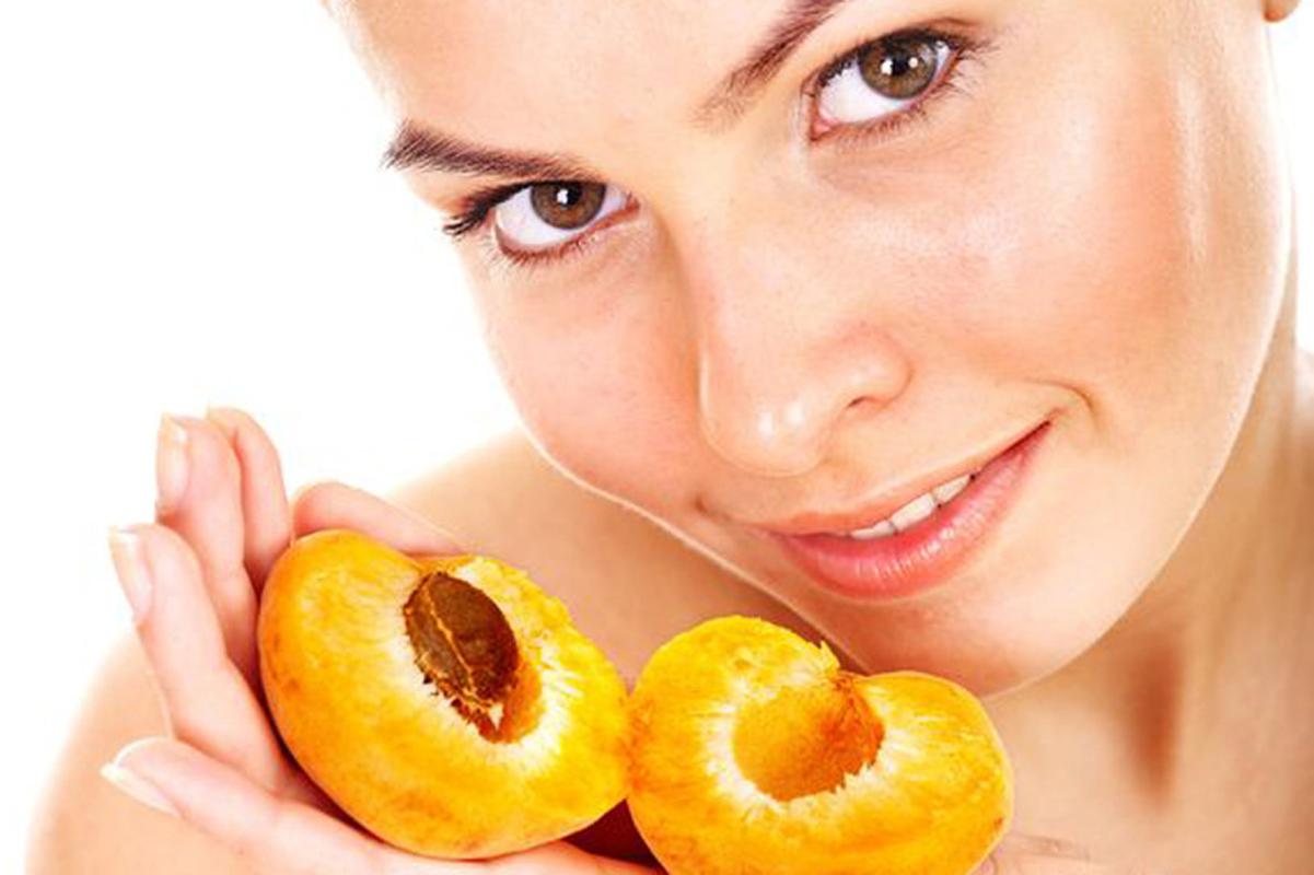 Маска для лица с абрикосовым маслом