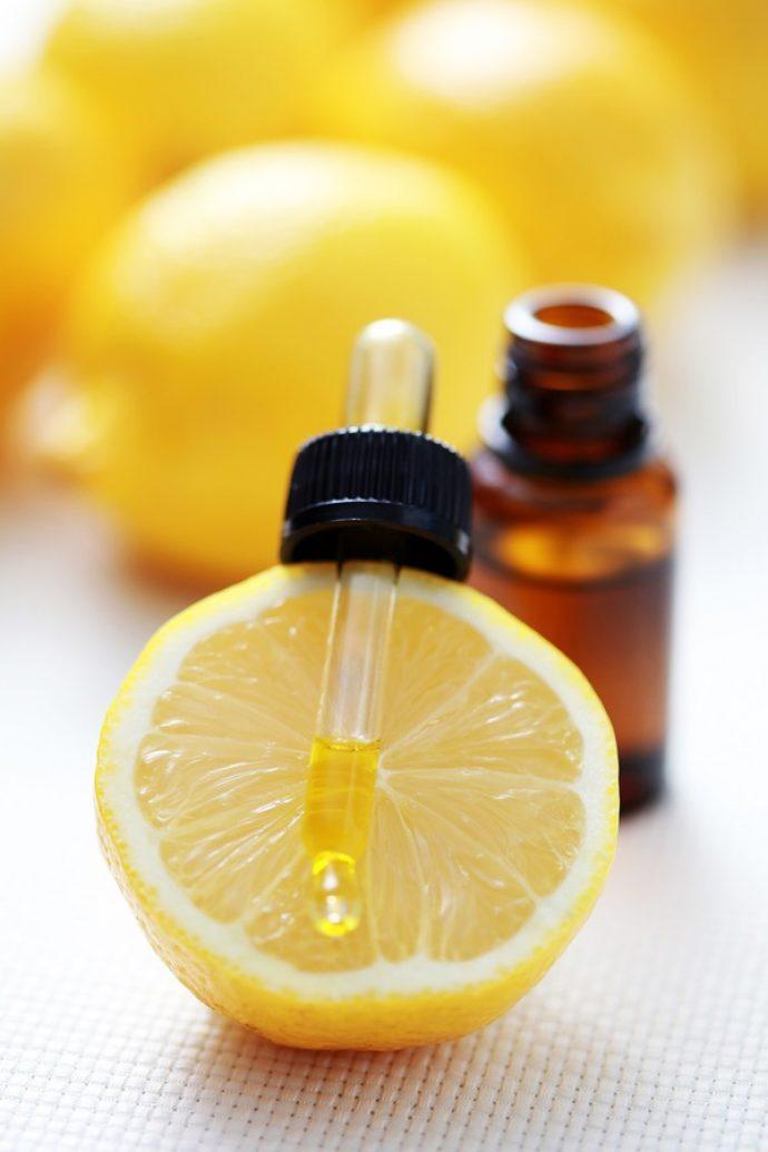 Масло лимона на дозаторе