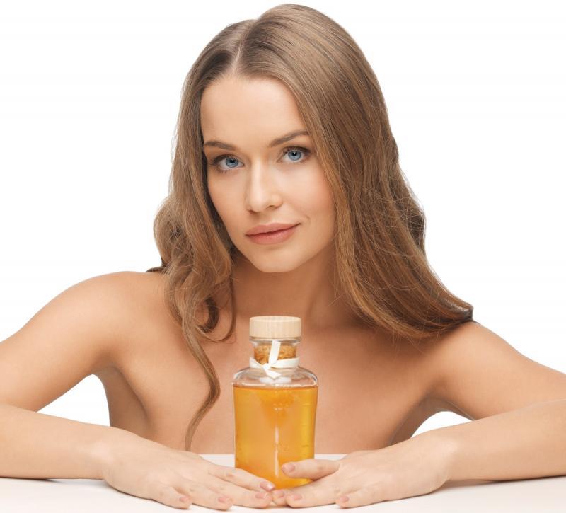Камфорное масло - применение в народной медицине и косметологии, полезные свойства и противопоказания