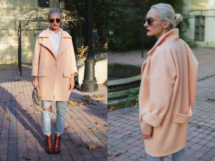 Девушка в розовом пальто