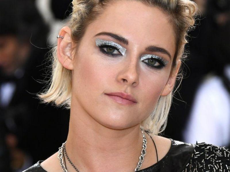 Звёзды с самым небрежным макияжем: учимся на чужих ошибках