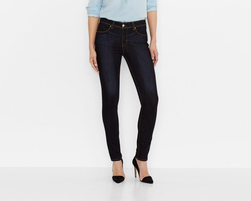 С чем носить джинсы-скинни: модные образы на фото