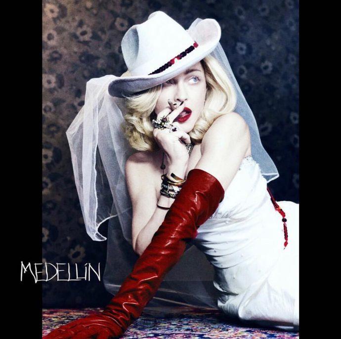 Фото Мадонны на обложке сингла