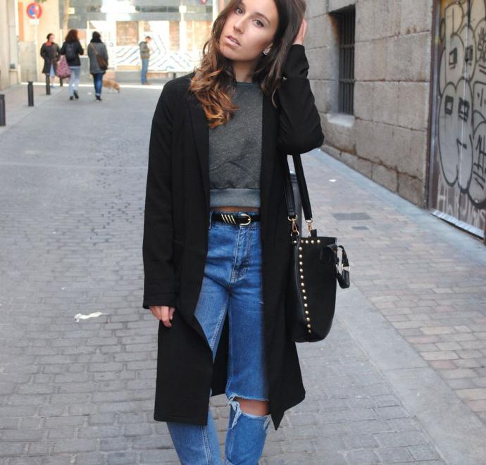Чёрное пальто и джисы-бойфренды
