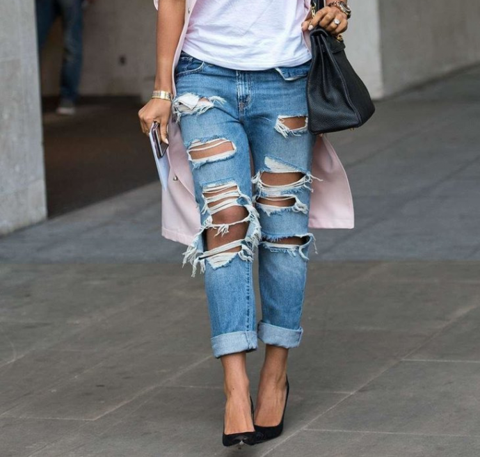 Туфли в сочетании с джинсами-бойфрендами