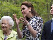 Зачем Кейт Миддлтон поцеловала королеву в щеку