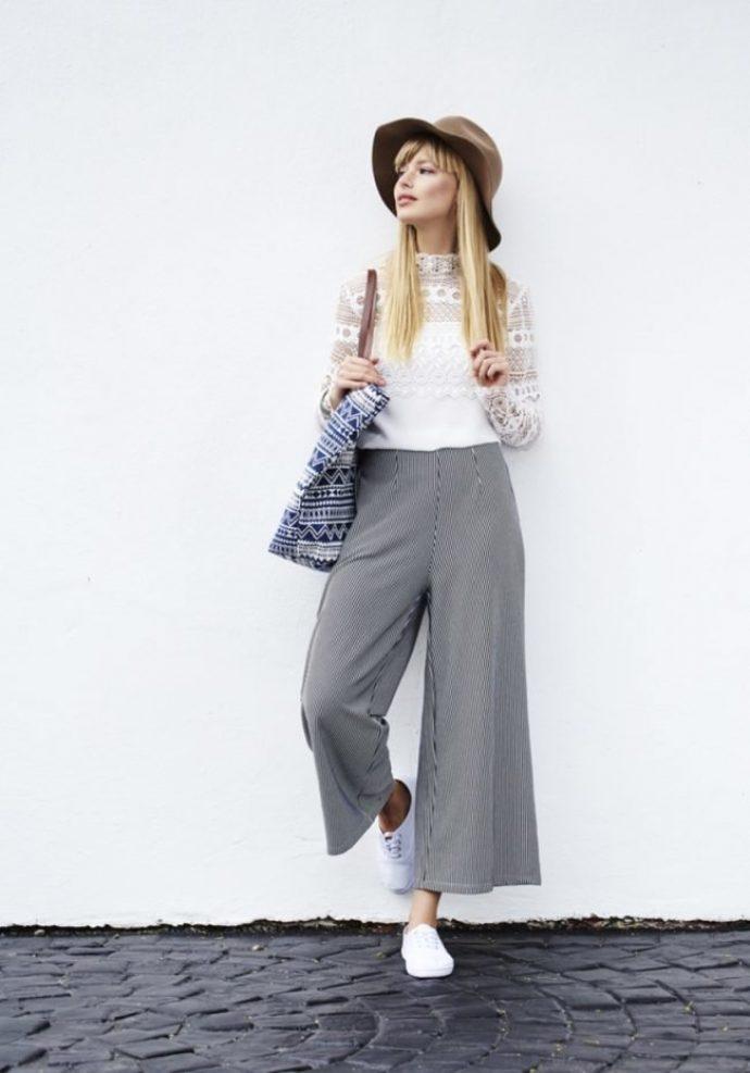 Образ с серыми брюками кюлотами