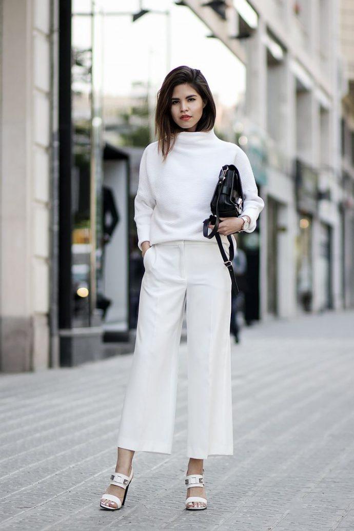 Образ с брюками кюлотами белого цвета