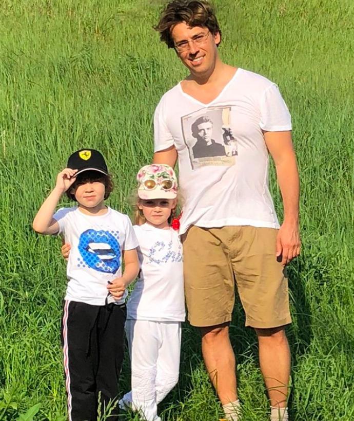 Максим Галкин с детьми