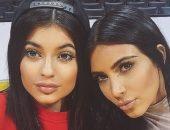 «Настоящий чикагский шторм»: Ким Кардашьян и Кайли Дженнер показали дочерей