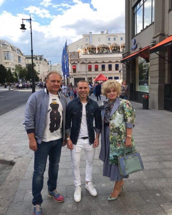 Надежда Кадышева с мужем и стилистом