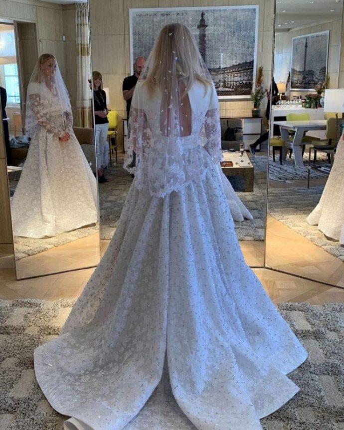 Софи Тёрнер в свадебном платье