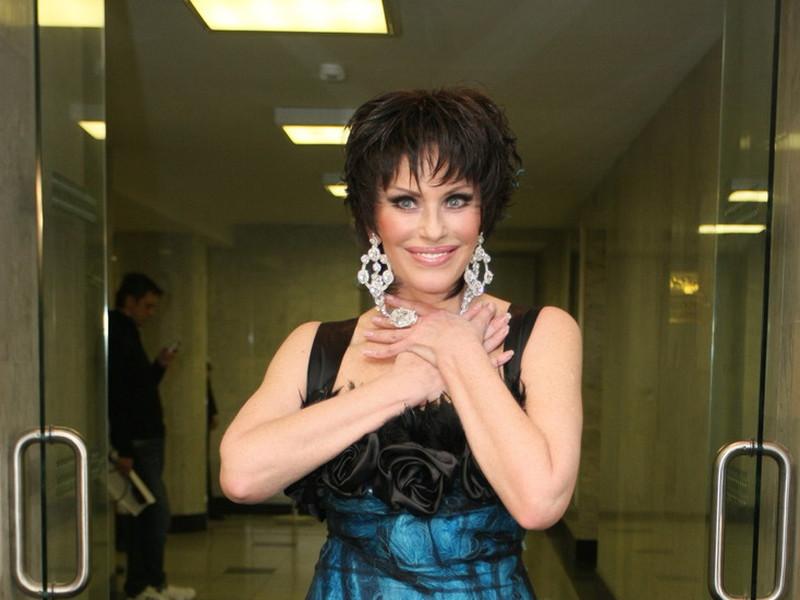 Как сейчас выглядит певица Ирина Понаровская: подборка фото