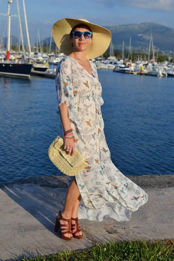 Образ с шифоновым платьем и шляпой