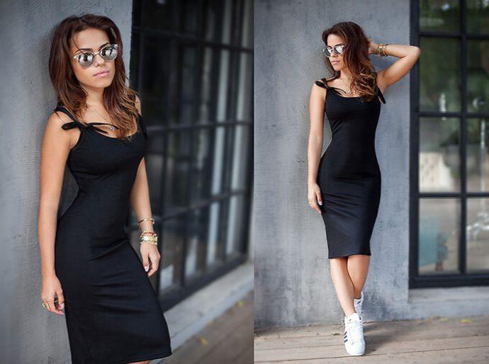 Платье-майка с кроссовками