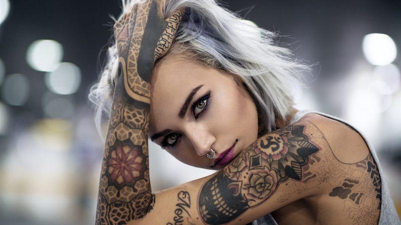 Необычные татуировки для девушек: 15 вариантов