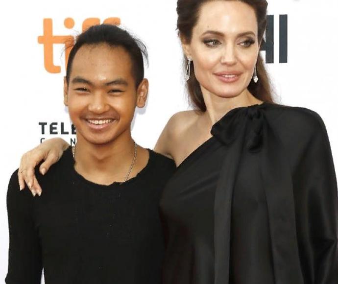 Сын Анджелины Джоли и Брэда Питта будет учиться в Сеуле