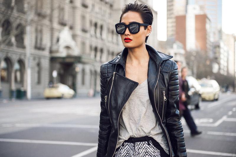 Женская косуха: с чем носить и как не наделать ошибок