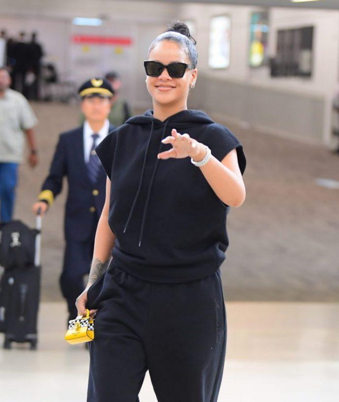 Рианна в аэропорту Нью-Йорка